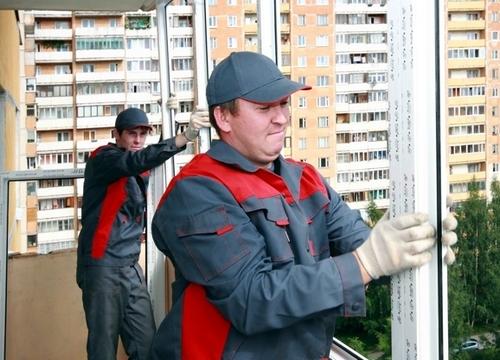 монтаж остекления балкона